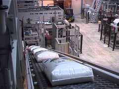 Ленточный конвейер для мешков